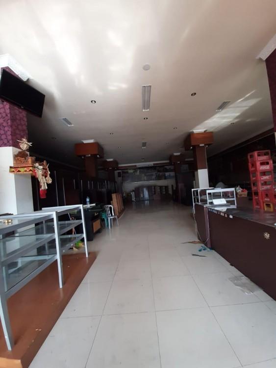 Building For Sale Located At Main Road Dewi Sri Kuta
