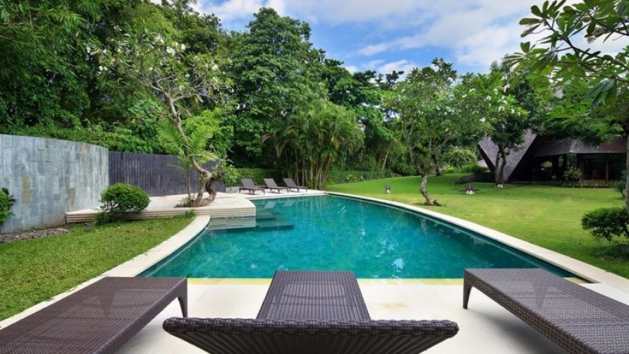 Iconic Modern Villa For Sale At Kerobokan