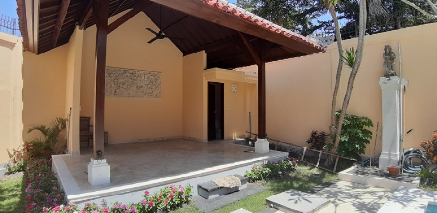 Villa For Sale Located At Mumbul Complex