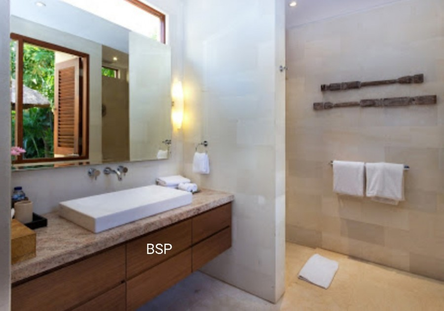 Freehold Villa in Prime Seminyak Close to The Beach