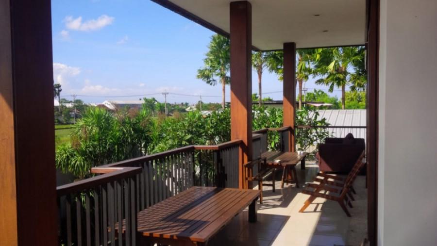 Freehold 3 Bedrooms Private Villa View Rice-Fields in Kerobokan