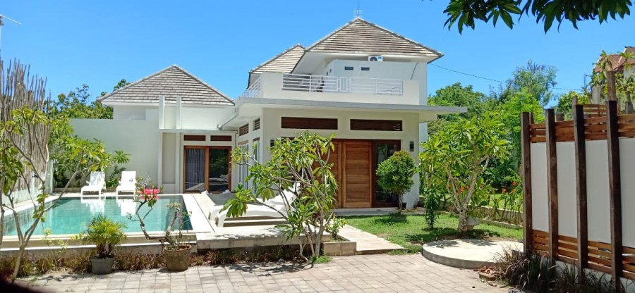 Beautiful Villa For Sale Located In Bali Cliff Ungasan