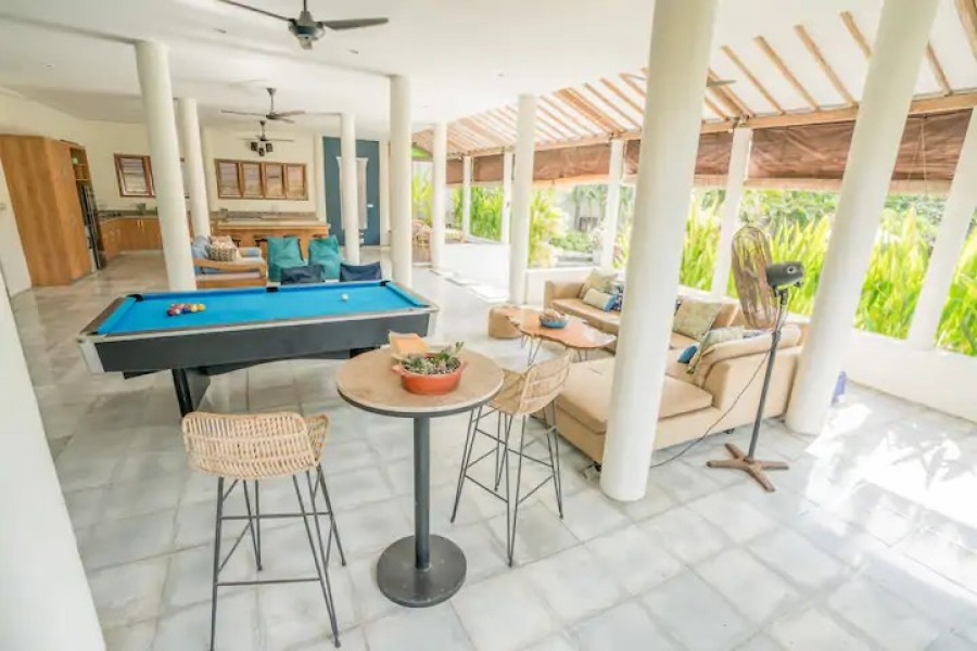 Good Deal!! Incredible Estate For Sale In Batu Bolong