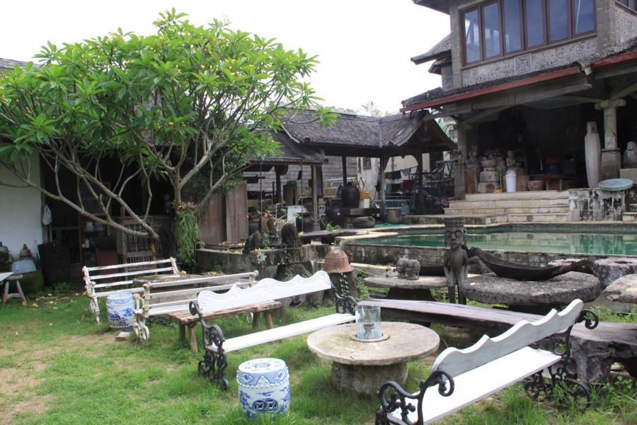 Villa With Spacious Land For Sale In Kuwum Kerobokan