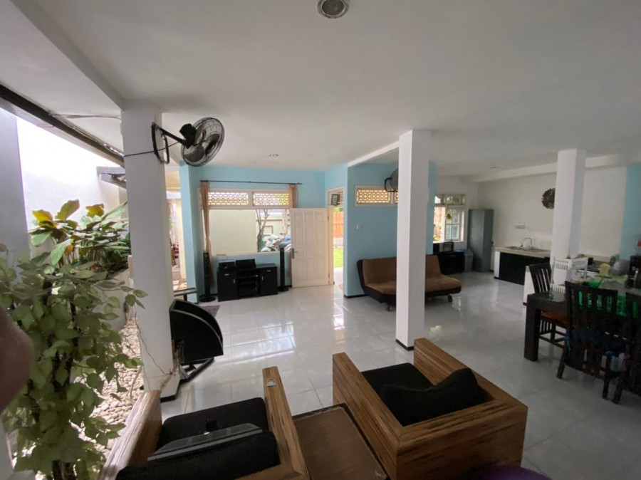 House For Sale In Padang Sambian